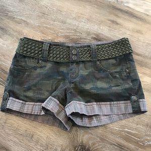 Guess Camo plaid shorts